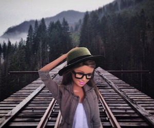 A Hipster Doll Pokes Fun at Artsy Instagram Photos