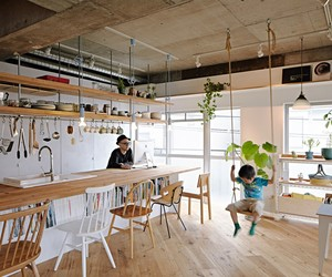 8 Tenhachi Renovates a 67sqm Apartment in Kanagawa