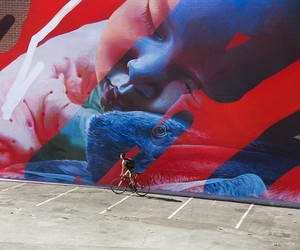Mural by Street Art-Duo Telmo Miel in Long Beach