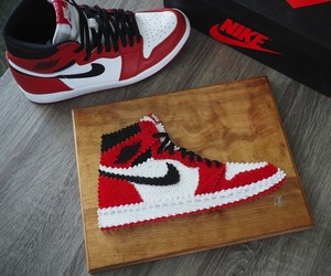 """SoleStitches""- Detailed Sneaker String Art"