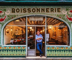 Awesome Storefronts of Paris