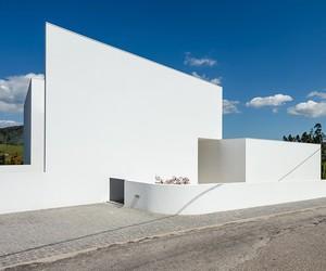 Gafarim House / Tiago do Vale Arquitectos