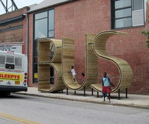 The BUS stop in Baltimore by mmmm…