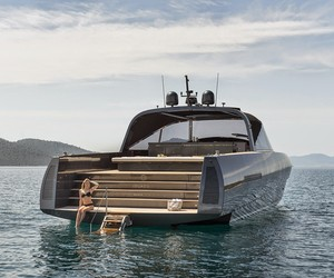 Alen 68-foot motor yacht by Foster + Partners