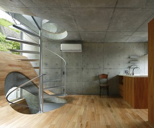 House in Byoubugaura by Takeshi Hosaka, Japan