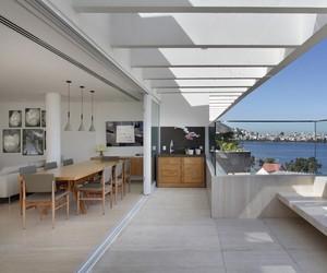 JMF Residence by Ivan Rezende Arquitetura