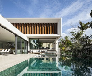Mediterranean Villa in Tel Aviv by Paz Gersh