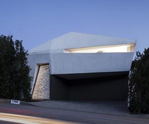 Montee Karp Residence by Patrick Tighe, Malibu