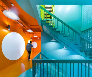 Yim Huai Khwang Hostel, Bangkok by Supermachine