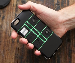 nexpaq - World's First Modular Smartphone Case