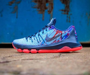 "A Closer Look At The Nike KD 8 ""USA"""