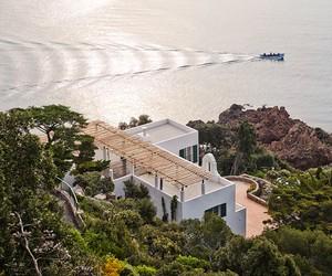 4a Architekten Refurbishes Barry Dierks' Villa