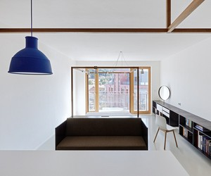 Guest House in Prague by Mjölk + DDAANN