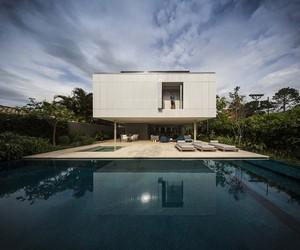White House by Studio MK27, Brazil