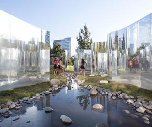 Your Reflection at Santiago's Parque Araucano