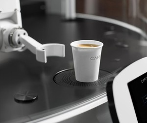 CAFE X Robotic Coffee Shop Opens in San Francisco