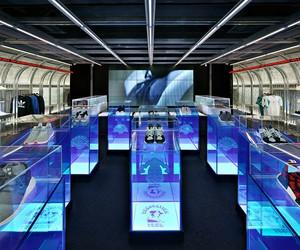 Kasina's adidas Concept Store DAS107