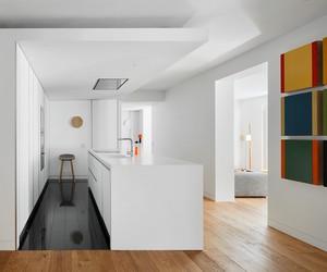 Lucas y Hernández-Gil renovates Flat in Madrid