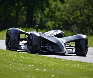 Roborace Car Completes Goodwood Hillclimb Run