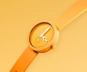 AÃRK Classic Yolk Watch