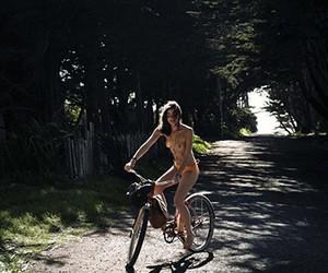 Bambi Northwood-Blyth in Vogue Nederland