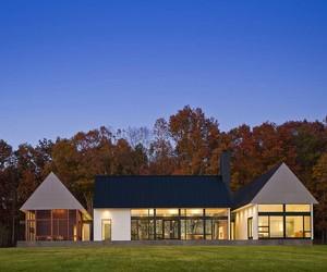Becherer House by Robert Gurney Architect