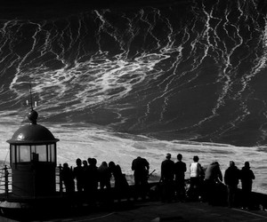 "Most Poetic look at Portugal's ""Nazaré"" Giant Wave"