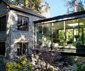 Bridge House in Vancouver