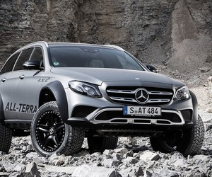 The E-Class All Terrain 4×4² is Most Off-road Capa