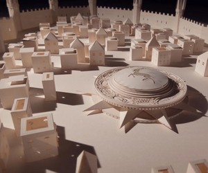 Game of Thrones Opening Sequence made out of Paper