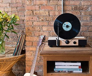Gramovox Floating Record - a 90 Degree Turntable