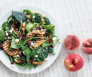 Grilled Peach and Cranberry Salad