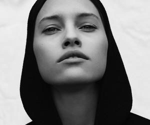 Hanna Juzon by Bror Ivefeldt