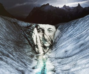 Light Paintings on Endangered Glaciers