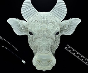 Detailed Animal Portraits Created out of Paper