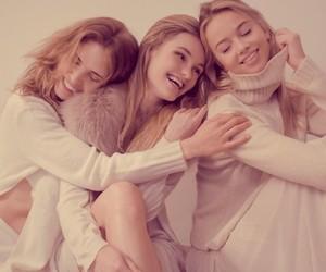 """""""Just Smile"""" by Giulia Albertini for Alma Magazine"""