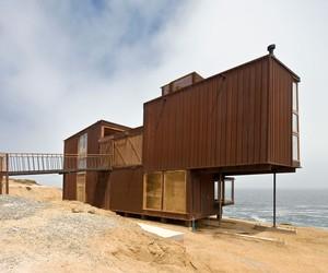 La Baronia House by Nicolás del Rio and Max Núñez
