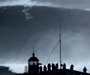 XXL-Swell In Nazaré: Biggest Wave Ever Ridden?
