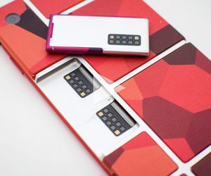 Reinventing The Smartphone With Building Blocks