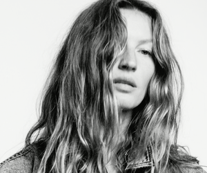 Video: Gisele Bündchen for Vogue Japan