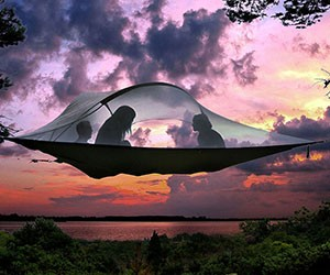 10 Incredible Tents of Tomorrow