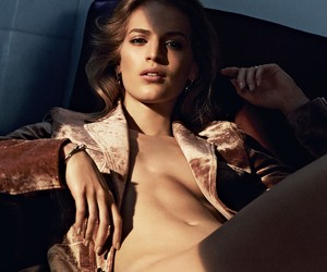 Vanessa Axente by Marcus Ohlsson for Porter Mag