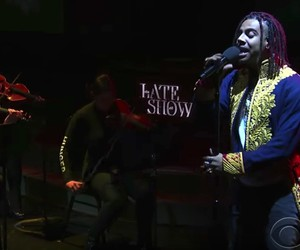 "Vic Mensa - ""We Could Be Free"" (Live)"