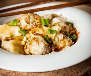 How to Make: Sichuan Wontons