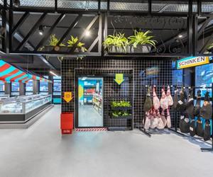 Masquespacio designs Solera's Supermarket