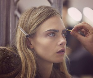 Tory Burch: Making of a Show