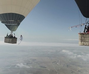 The Balloon Highline – Skylining on a rope