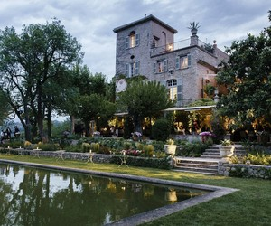 DIOR RETURNS TO GRASSE, THE CRADLE OF PERFUMERY