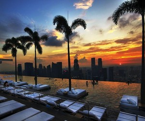 Worlds Top 12 Dopest Rooftop Pools