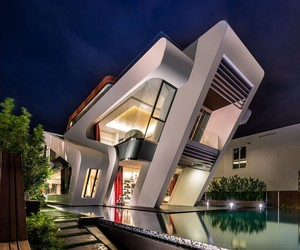 Contemporary Residence in Singapore